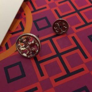 Tory Burch Jewelry - 🆕TORY BURCH CIRCLE LOGO STUD EARRINGS 🆕